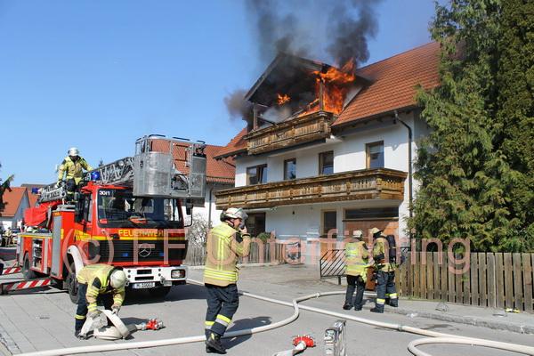 FFW Ufg Einsatz Wohnungsbrand 20150408 c